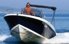 Motorboat Atlantic Marine 670