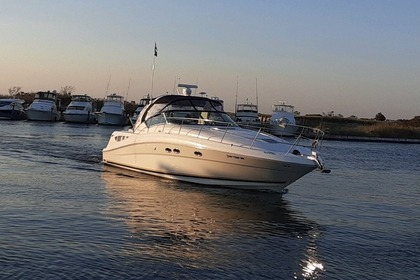 Rental Motorboat Searay Sundancer Sag Harbor