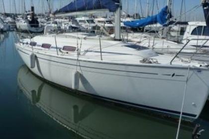 Hire Sailboat BAVARIA CRUISER La Rochelle