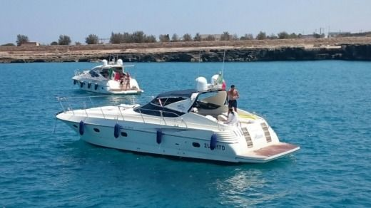 Motorboat Sarnico Maxim 45 for hire