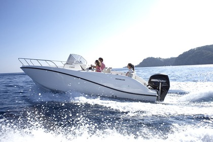 Hire Motorboat QUICKSILVER 605 ACTIV 150 CV OPEN Fréjus