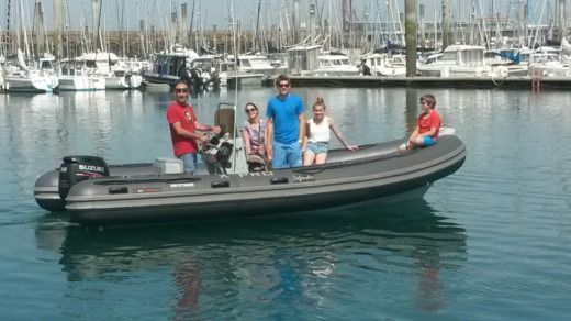 3D TENDER X PRO DEFENDER in Saint-Malo peer-to-peer