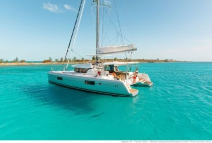 Rental Catamaran Lagoon 42 Sainte-Luce