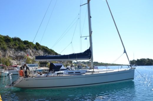 Charter sailboat in Corfou peer-to-peer
