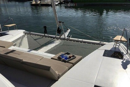 Rental Catamaran Fountaine Pajot Astrea 42 Tortola