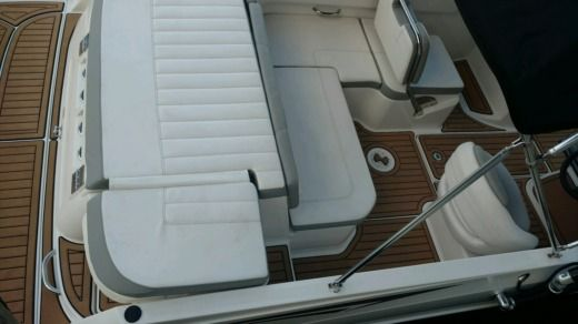 Motorboat Bayliner Vr5