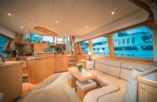 Motorboat Mckinna Pilothouse Motor Yacht for hire