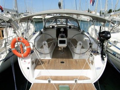 Rental Sailboat Bavaria 41 Cruiser Le Marin