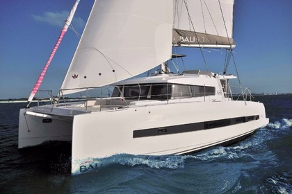Charter Catamaran Bali - Catana 4.1 (owner version) Tahiti
