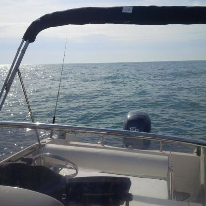 Rental Motorboat Pacific Craft 670 North Shore Palavas-les-Flots