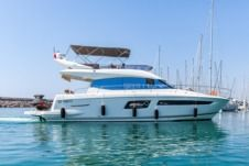 Jeanneau Prestige 500 Fly in Palavas-les-Flots for hire