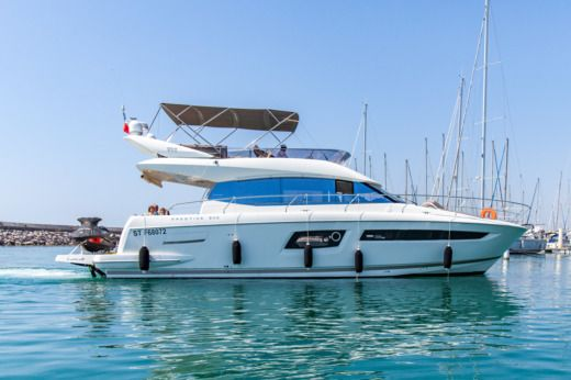 Jeanneau Prestige 500 Fly in Palavas-les-Flots for rental