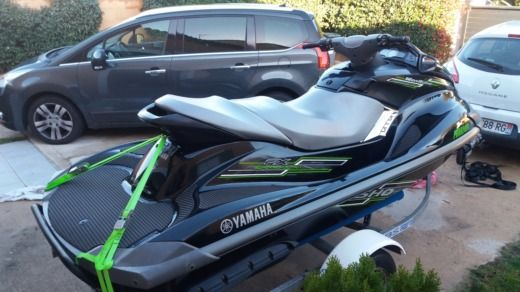 Jet ski Nouveau Yamaha 250 Cv for hire
