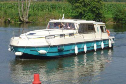 location bateau malicorne sur sarthe particulier pro click boat. Black Bedroom Furniture Sets. Home Design Ideas