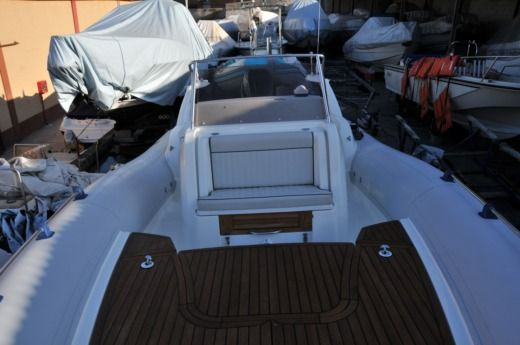 Marlin 28' Fb Top 8,5M Verado Sci 350 Cv in Stintino for hire