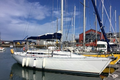 Charter Sailboat BENETEAU FIRST 375 Saint-Quay-Portrieux