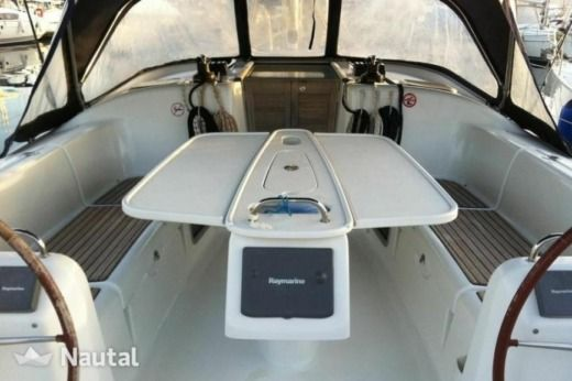 Sailboat BENETEAU Benneteau Cyclades 39.3 for hire