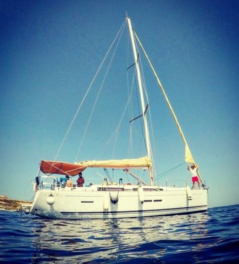 Sailboat Dufour 405 Grand Large