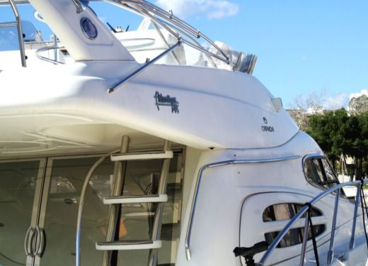 Motorboat CRANCHI ATLANTIC 48 for hire
