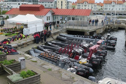 Hire RIB RING Powercraft Fantasma Marstrand