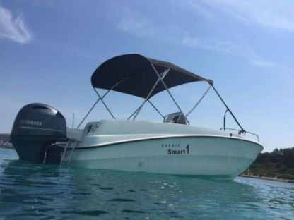 Rental Motorboat Karnic Smart 1 Brna