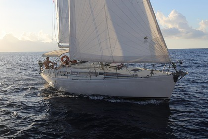 Hire Sailboat Beneteau First 38 S Puna'auia