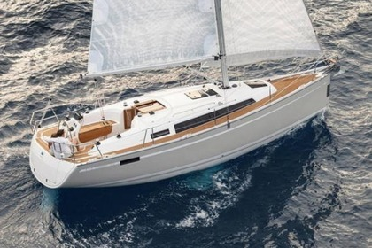 Charter Sailboat BAVARIA CRUISER 33 Primošten