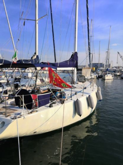 Rental Sailboat Comet 42 Bari