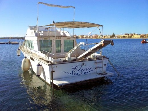 CHRIS CRAFT Coho 33 in Marzamemi zu vermieten