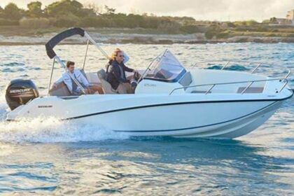 Rental Motorboat QUICKSILVER 675 Activ OPEN Trogir
