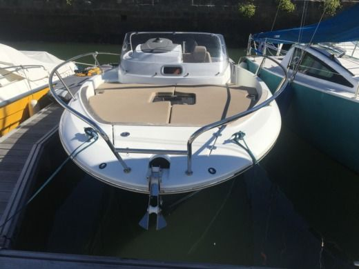 Jeanneau Cap Camarat 7.5 WA in Lorient for hire