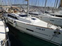 Sailboat Dufour Grand Large 382 for hire