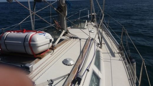 Sailboat Jeanneau Sun Odissey 33.1 for hire