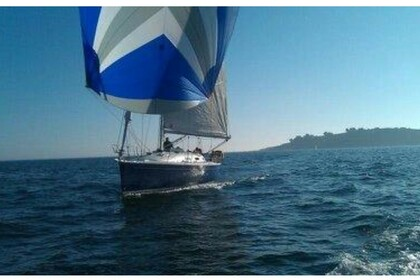 Charter Sailboat BENETEAU FIRST 36.7 Lorient