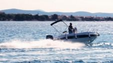 Charter motorboat in Vodice