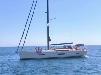 Rental Sailboat Dufour Dufour 56 Lisbon