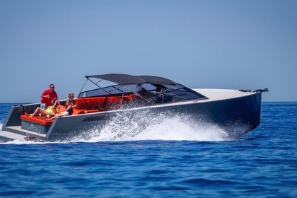 Hire Motorboat Colnago open Axiom Hvar