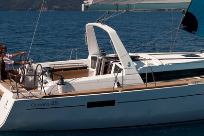 Charter Sailboat BENETEAU OCEANIS 45 Athens