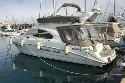 Hire Motorboat SEALINE 42,5 St-Laurent-du-Var