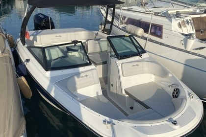 Hire Motorboat Sea Ray 210 Spx St-Laurent-du-Var