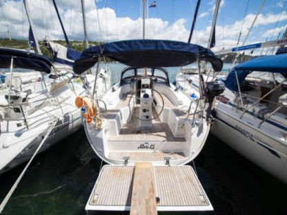 Charter Sailboat  Bavaria Cruiser 33 Zaton