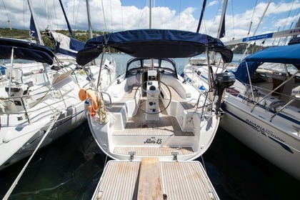 Hire Sailboat BAVARIA CRUISER 33 Zaton