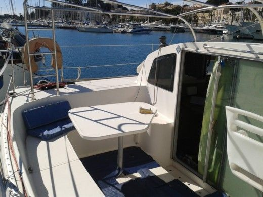 FOUNTAINE PAJOT TOBAGO 35 in Bandol for hire