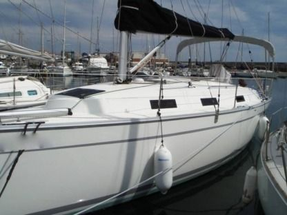 Charter Sailboat Bavaria 32 Cruiser Ibiza