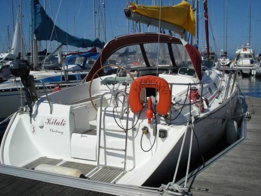 Charter sailboat in Cherbourg-Octeville