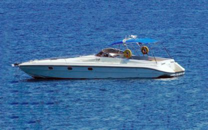 Charter Motorboat Tullio Abbate Executive 42 Chania
