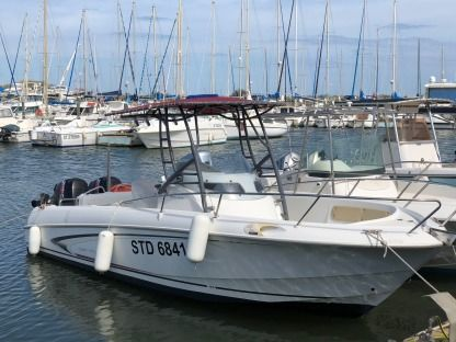Rental Motorboat Beneteau Flyer 750 Open Sérignan