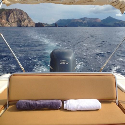 Joker Boat Clubman 26' Special in Lipari, Messine for hire