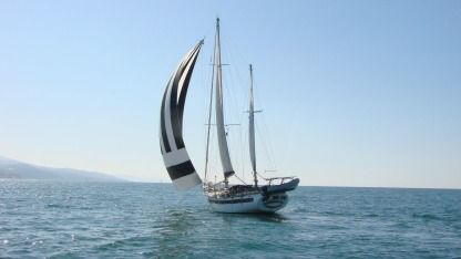 Charter Sailboat Formosa 61 Hendaye