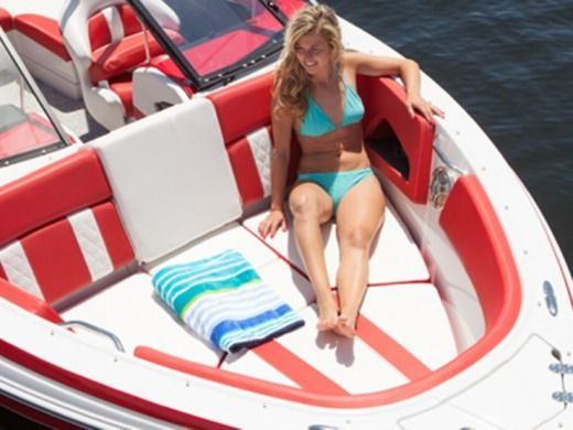 Motorboat GLASTROM 225 GTS for hire